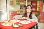 Kriti Sanon at Tewari Sweets to celebrate the success of film Luka Chuppi on 4th March 2019 (59)_5c80d33062b7f.jpg