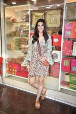 Kriti Sanon at Tewari Sweets to celebrate the success of film Luka Chuppi on 4th March 2019 (73)_5c80d341749f5.jpg