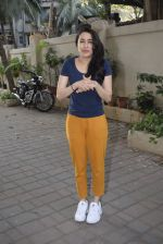 Shraddha kapoor meets her fans on her birthday at juhu on 4th March 2019 (22)_5c80d15804137.jpg