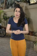 Shraddha kapoor meets her fans on her birthday at juhu on 4th March 2019 (24)_5c80d15bc1001.jpg