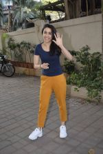 Shraddha kapoor meets her fans on her birthday at juhu on 4th March 2019 (27)_5c80d163863fa.jpg