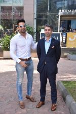 Upen Patel Spotted At Yauatcha Restaurant Along With Olympic Gold Medalist Abhinav Bindra on 10th March 2019 (22)_5c8612d5eb567.jpg