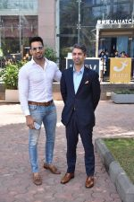 Upen Patel Spotted At Yauatcha Restaurant Along With Olympic Gold Medalist Abhinav Bindra on 10th March 2019 (24)_5c8612d87cd9c.jpg