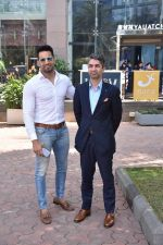 Upen Patel Spotted At Yauatcha Restaurant Along With Olympic Gold Medalist Abhinav Bindra on 10th March 2019 (25)_5c8612d9a417e.jpg