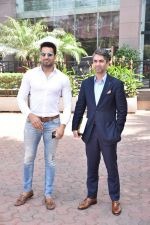 Upen Patel Spotted At Yauatcha Restaurant Along With Olympic Gold Medalist Abhinav Bindra on 10th March 2019 (35)_5c8612e66abab.jpg