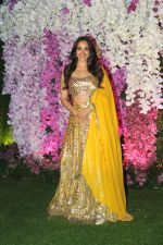 Kiara Advani at Akash Ambani & Shloka Mehta wedding in Jio World Centre bkc on 10th March 2019 (255)_5c876bce158d1.jpg