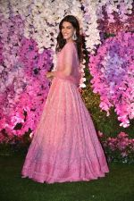 Kriti Sanon at Akash Ambani & Shloka Mehta wedding in Jio World Centre bkc on 10th March 2019 (17)_5c876beb0a16b.jpg