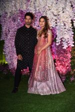 Shahid Kapoor, Mira Rajput at Akash Ambani & Shloka Mehta wedding in Jio World Centre bkc on 10th March 2019 (20)_5c876f067677e.jpg
