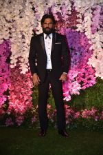 Sunil Shetty at Akash Ambani & Shloka Mehta wedding in Jio World Centre bkc on 10th March 2019 (17)_5c8770197f3ab.jpg