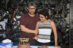 Aamir khan birthday celebration at his house on 14th March 2019 (31)_5c8a0e2700037.jpg
