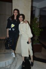 Diana Penty, Aditi Rao Hydari at Manish Malhotra_s house on 13th March 2019 (64)_5c8a0a1b29204.JPG