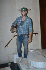 Freddy Daruwala at Manish Malhotra_s house on 13th March 2019 (18)_5c8a0a6aa7dc2.JPG