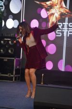 Neeti Mohan at the Launch of third season of Color_s Rising Star at Carter Road bandra on 13th March 2019 (25)_5c8a0b290ef73.JPG