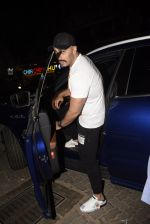Arjun Kapoor spotted at juhu on 17th March 2019 (6)_5c908ffb9ef63.JPG