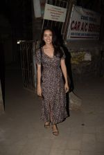 Asha Negi spotted at Kromakay salon in juhu on 17th March 2019 (5)_5c90900e039ff.JPG