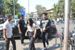 Bhumi Pednekar with sister & family spotted at bastian in bandra on 18th March 2019 (12)_5c90902d1cef2.JPG
