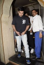 Rohit Dhawan & wife spotted at juhu on 17th March 2019 (7)_5c90906d66990.JPG