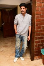 Sikander Kher during the promotions of film Raw at Sun n Sand in juhu on 18th March 2019 (17)_5c90995b391e3.jpg
