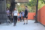 Sunny Leone & Daniel webber spotted juhu on 18th March 2019 (4)_5c9090df96da8.jpg
