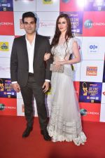 Arbaaz Khan, Georgia Andriani at Zee cine awards red carpet on 19th March 2019
