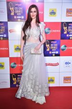 Georgia Andriani at Zee cine awards red carpet on 19th March 2019 (63)_5c91e87a16f73.jpg