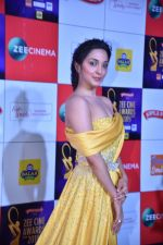 Kiara Advani at Zee cine awards red carpet on 19th March 2019 (213)_5c91e989b2a38.jpg