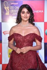 Pooja Hegde at Zee cine awards red carpet on 19th March 2019 (275)_5c91ea271b809.jpg