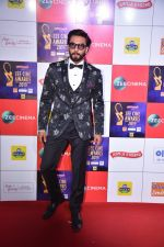 Ranveer Singh at Zee cine awards red carpet on 19th March 2019 (268)_5c91e58d447f9.jpg