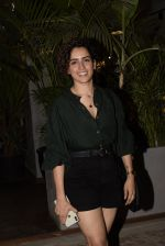 Sanya Malhotra spotted at kitchen garden juhu on 19th March 2019 (13)_5c91e5816ece6.JPG