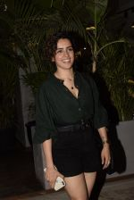 Sanya Malhotra spotted at kitchen garden juhu on 19th March 2019 (14)_5c91e583d3720.JPG