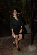 Sanya Malhotra spotted at kitchen garden juhu on 19th March 2019 (9)_5c91e575c829e.JPG