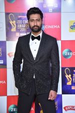 Vicky Kaushal at Zee cine awards red carpet on 19th March 2019 (38)_5c91e3f6ed503.jpg