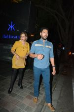 Yuvraj Singh with wife spotted at Hakkasan Bandra on 19th March 2019 (1)_5c91e4041d435.JPG