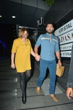 Yuvraj Singh with wife spotted at Hakkasan Bandra on 19th March 2019 (12)_5c91e4199ecf9.JPG