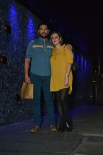 Yuvraj Singh with wife spotted at Hakkasan Bandra on 19th March 2019 (3)_5c91e40833f13.JPG