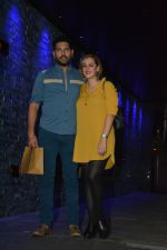 Yuvraj Singh with wife spotted at Hakkasan Bandra on 19th March 2019 (5)_5c91e40c1180f.JPG