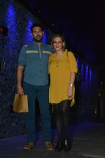Yuvraj Singh with wife spotted at Hakkasan Bandra on 19th March 2019 (6)_5c91e40df027a.JPG