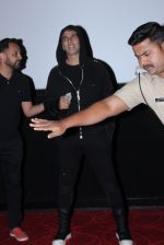 Akshay Kumar meets the fans at pvr juhu on 20th March 2019 (2)_5c93362e5fdb3.JPG