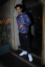 Ishaan Khattar spotted at bayroute juhu on 26th May 2019 (28)_5cebe4291edd4.JPG