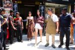 Ananya Panday & Shanaya Kapoor spotted at Bastian in bandra on 26th May 2019 (2)_5cebe315541f0.JPG