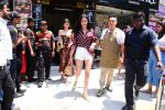 Ananya Panday & Shanaya Kapoor spotted at Bastian in bandra on 26th May 2019 (4)_5cebe31ccab7c.JPG