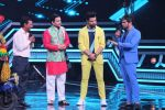 Himesh Reshammiya at super dancers on 26th May 2019 (21)_5cebe2dd8047f.jpg