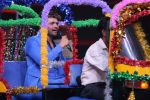 Himesh Reshammiya at super dancers on 26th May 2019 (22)_5cebe2df19c92.jpg