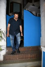 Sunny Deol spotted at a party in. Olive bandra on 26th May 2019 (14)_5cebe2c87d4ed.JPG