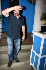 Sunny Deol spotted at a party in. Olive bandra on 26th May 2019 (17)_5cebe2cd0a6d2.JPG