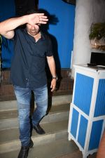 Sunny Deol spotted at a party in. Olive bandra on 26th May 2019 (18)_5cebe2ceae57c.JPG