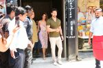 Tiger Shroff, Disha Patani spotted at Bastian in bandra on 26th May 2019 (24)_5cebe335832a8.JPG