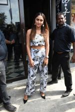Krystal Dsouza spotted at Bastian Bandra on 2nd June 2019 (14)_5cf4c7d6061ca.JPG