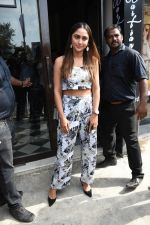 Krystal Dsouza spotted at Bastian Bandra on 2nd June 2019 (15)_5cf4c7d9a256a.JPG