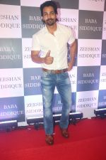 Harshvardhan Rane at Baba Siddiqui iftaar party in Taj Lands End bandra on 2nd June 2019 (160)_5cf4ccbd56322.JPG